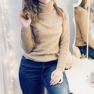 CARAMEL LATTE WOOL BLEND TURTLENECK KNIT SWEATER